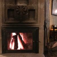 2/2/2018 tarihinde Hande K.ziyaretçi tarafından Topdeck Cave Restaurant'de çekilen fotoğraf