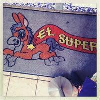 5/26/2013에 Danny C.님이 El Super Burrito에서 찍은 사진