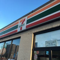Photo taken at 7-Eleven by Yanky P. on 11/29/2015