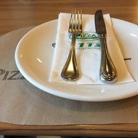 Photo taken at The Pizza Company by เป็ด ก. on 8/18/2018