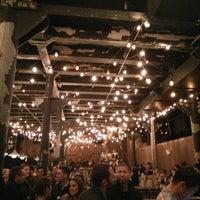 5/23/2015 tarihinde Louise T.ziyaretçi tarafından Green Street Smoked Meats'de çekilen fotoğraf
