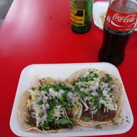 Photo taken at Taqueria El Chino by Alfonso E. on 11/17/2013