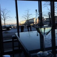 Photo taken at Mortons Steakhouse Seaport Boston by 💫Coco on 3/9/2015