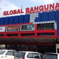 Photo taken at Global Bangunan by Adi T. on 9/22/2014