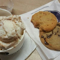 Photo taken at Insomnia Cookies by Omar B. on 12/10/2015
