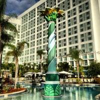 Photo prise au Hilton Orlando par Julie Z. le11/12/2012