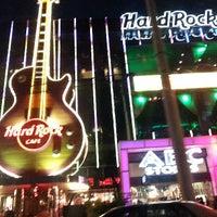 Photo taken at Hard Rock Cafe Las Vegas by Christian L. on 6/13/2013