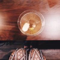 Foto tirada no(a) Commune Bar & Resto por a table for f. em 1/4/2015