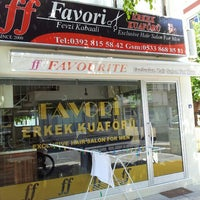 Photo taken at Favourite Exclusive Hair Salon For Men by Fevzi K. on 7/26/2014
