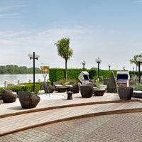 Снимок сделан в Hilton Vienna Danube Waterfront пользователем Hilton Ö. 7/3/2014