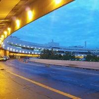 Photo taken at Rio de Janeiro–Galeão International Airport (GIG) by Regina B. on 10/23/2012