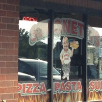Photo taken at Simonetti's Pizza by Lee W. on 6/8/2013
