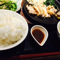 Photo taken at 焼肉 五苑 宮の森店 by Rina on 8/2/2015