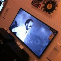 Photo taken at Sonus Art audio/video by Nebojsa U. on 9/13/2013