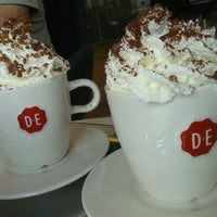 Foto tomada en Nationale-Nederlanden Douwe Egberts Café por Nicole G. el 6/15/2013