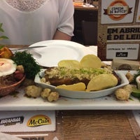 Photo taken at Bar Restaurante Mania Mineira by Manuel A. on 4/27/2017