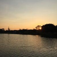 Photo taken at ทะเลสาบ บ้านสินธร by Kamol P. on 1/21/2016