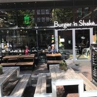 Foto tomada en Burger 'n Shake por Talal el 9/29/2018