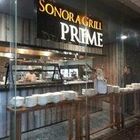 Foto tirada no(a) Sonora Grill Prime por Ciro M. em 3/5/2014