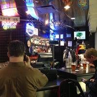 Foto diambil di Rush Street Bar oleh Nikki L. pada 12/20/2012