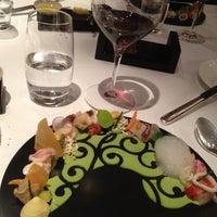 Das Foto wurde bei Ciel Bleu Restaurant von Luca  C. am 11/24/2012 aufgenommen