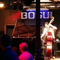 Photo taken at Bogui Jazz by José Ignacio on 1/6/2017