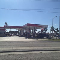 Photo taken at Citgo by Raulito V. on 11/24/2012