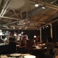 Foto diambil di Bar Tomate oleh Priscila C. pada 10/11/2012