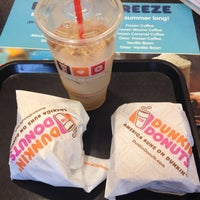 Photo taken at Dunkin' Donuts / Baskin-Robbins by Nathan T. on 7/23/2014