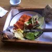 8/26/2015 tarihinde Nuran N.ziyaretçi tarafından Plus Kitchen'de çekilen fotoğraf