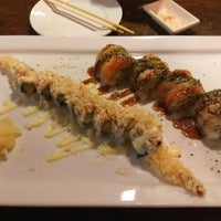 Foto diambil di FuGu Sushi oleh Biniam G. pada 11/18/2017