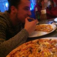 Photo taken at Pizzeria Gemelli by Zubascu C. on 12/13/2014