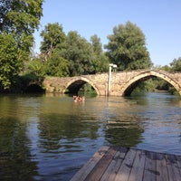 8/23/2014 tarihinde Paschalis K.ziyaretçi tarafından Riverland'de çekilen fotoğraf