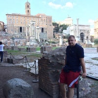 Foto scattata a Foro Romano Imperatori da Николай К. il 10/19/2014