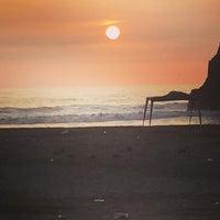 Photo taken at Playa León Dormido by José A. on 2/7/2016