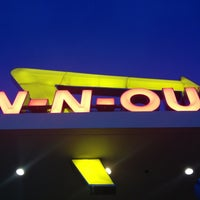 Photo taken at In-N-Out Burger by Steve L. on 4/3/2013