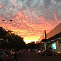 Foto tomada en Unimarc por Lukas P. el 12/16/2012