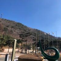 Photo taken at 강원랜드 컨벤션 호텔 by Jennie L. on 2/6/2018