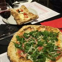 Foto tomada en NAP: Neapolitan Authentic Pizza por Ayca el 3/7/2017