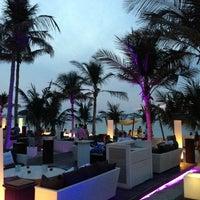 11/24/2012 tarihinde Elsinyoor K.ziyaretçi tarafından One and Only Royal Mirage Resort'de çekilen fotoğraf