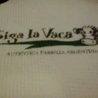 Foto tomada en Siga La Vaca Express por Stéphanie D. el 6/2/2013