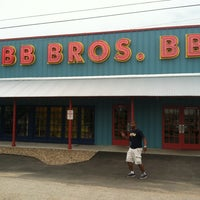 Photo taken at Babb Bros. BBQ & Blues by Deejay S. on 5/24/2013