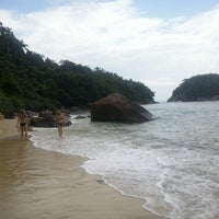 Photo taken at Ilha das Couves by Kleber S. on 12/30/2012