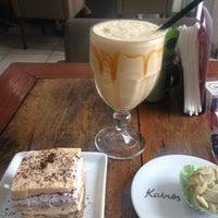 Das Foto wurde bei Café Kairós von Alê am 1/27/2016 aufgenommen