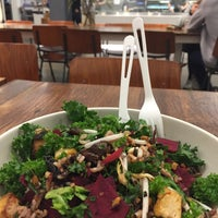 Photo taken at sweetgreen by Ludmila B. on 6/5/2017