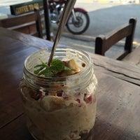 Снимок сделан в AM/PM Cafe пользователем Ludmila B. 11/8/2015