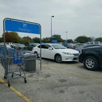 Photo taken at Walmart Supercenter by Miriam G. on 12/12/2016