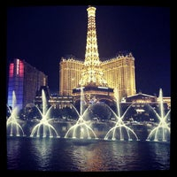 Foto diambil di Fountains of Bellagio oleh Miguel pada 7/28/2013