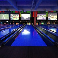 Photo taken at Bowlmor Lanes Union Square by Taylor on 6/2/2013