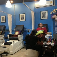 Photo taken at happy nail by Jeab J. on 8/12/2013
